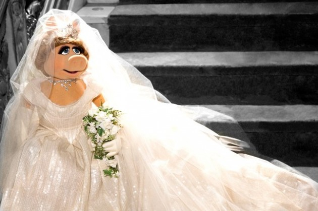 Vivienne Westwood designs wedding dress for Miss Piggy